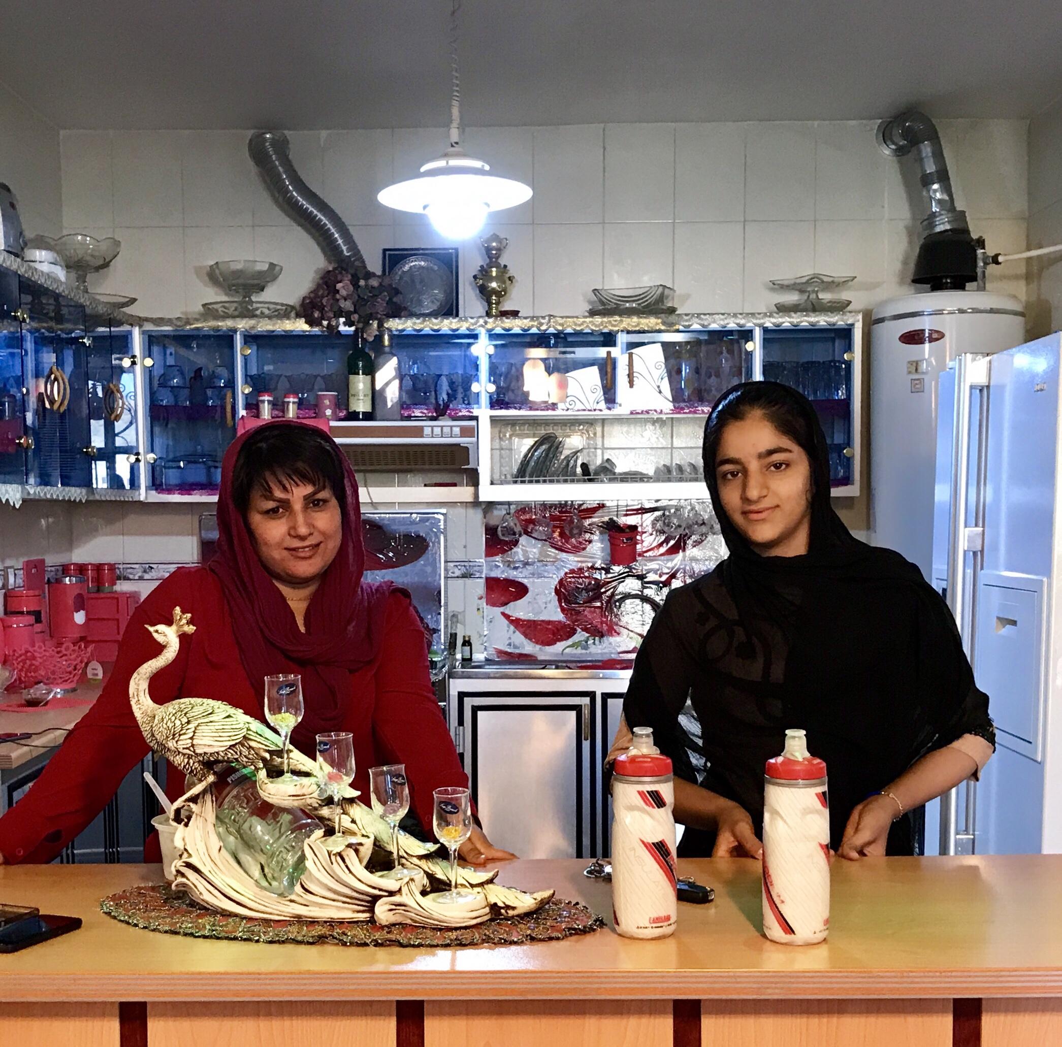 13 mars l'hospitalité iranienne.