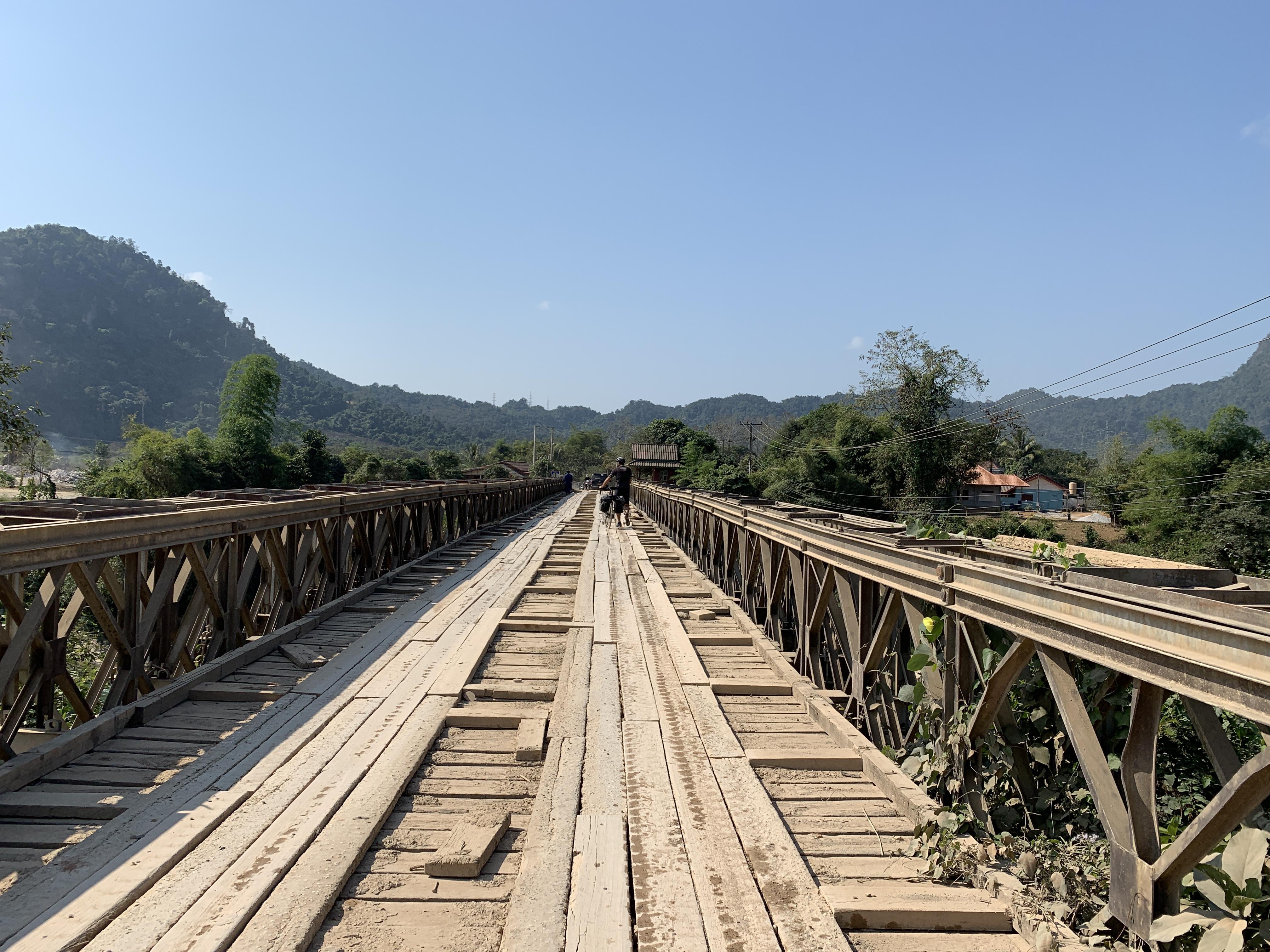 Direction Vang Vieng.